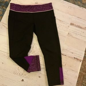 Lululemon pants with pocket and zipper detail 10